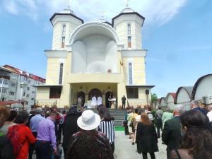 aparitie_biserica-_5-1